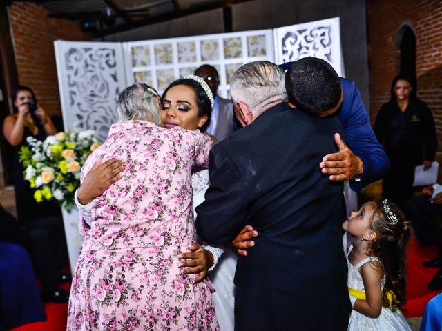 O casamento de Samaroni  e Priscila  em Serra, Espírito Santo 9