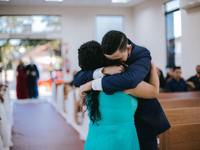 O casamento de Oseas e Cassiane em Joinville, Santa Catarina 17