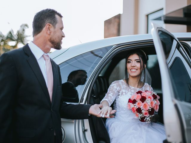 O casamento de Oseas e Cassiane em Joinville, Santa Catarina 23