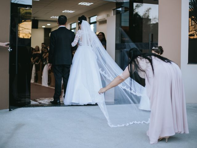 O casamento de Oseas e Cassiane em Joinville, Santa Catarina 24