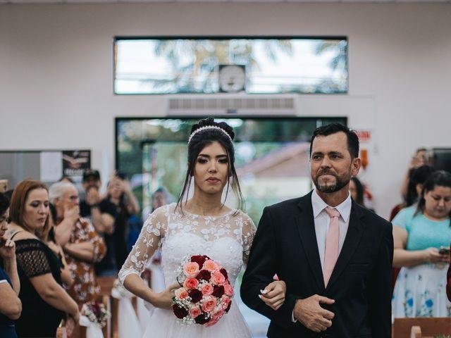 O casamento de Oseas e Cassiane em Joinville, Santa Catarina 25