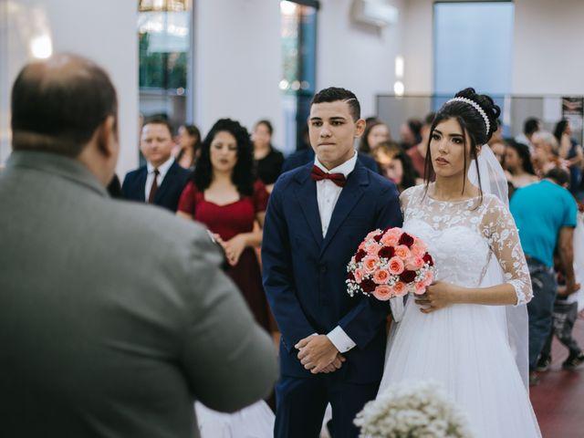 O casamento de Oseas e Cassiane em Joinville, Santa Catarina 27