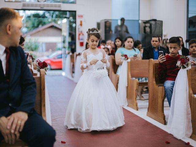 O casamento de Oseas e Cassiane em Joinville, Santa Catarina 28