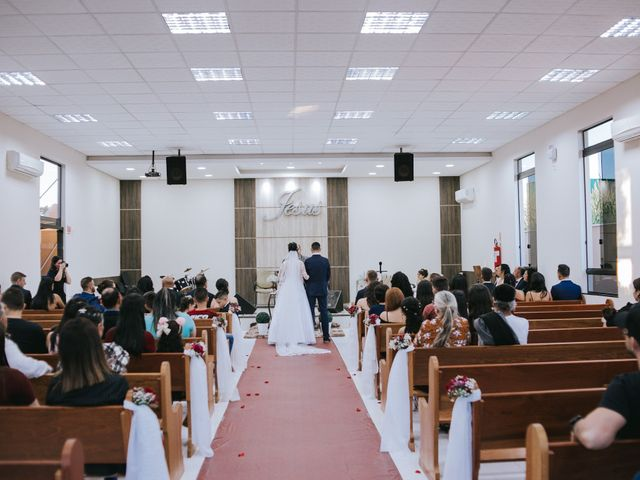 O casamento de Oseas e Cassiane em Joinville, Santa Catarina 29