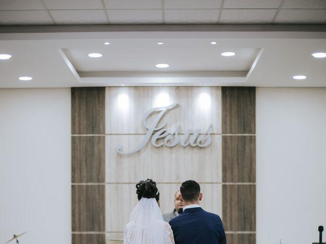 O casamento de Oseas e Cassiane em Joinville, Santa Catarina 31