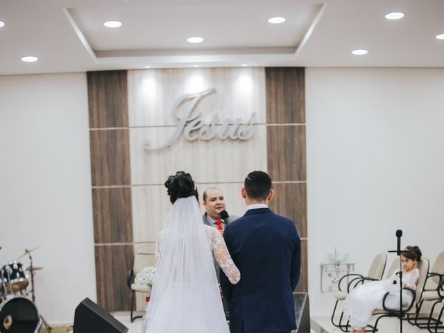 O casamento de Oseas e Cassiane em Joinville, Santa Catarina 42