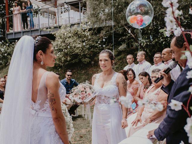 O casamento de Cristina e Cleide em Cotia, São Paulo 18