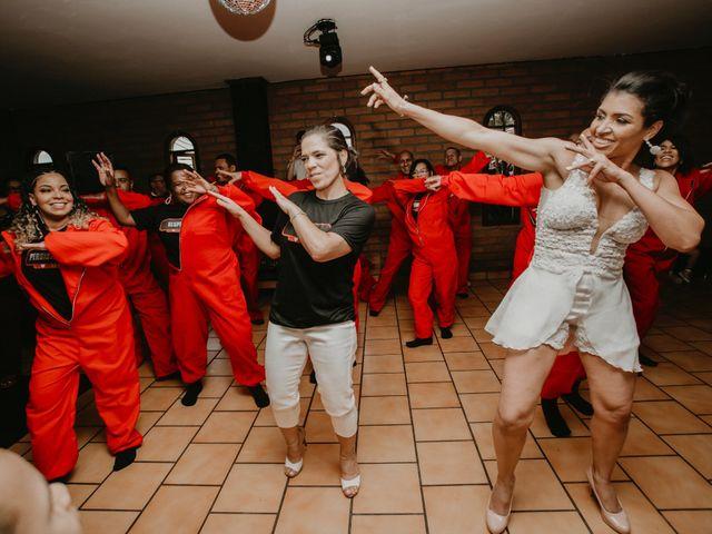 O casamento de Cristina e Cleide em Cotia, São Paulo 23
