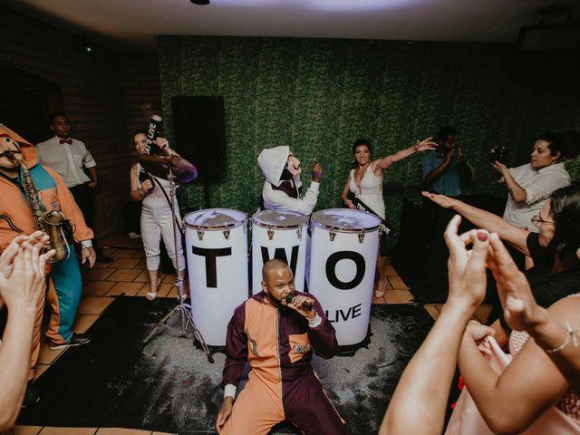 O casamento de Cristina e Cleide em Cotia, São Paulo 26