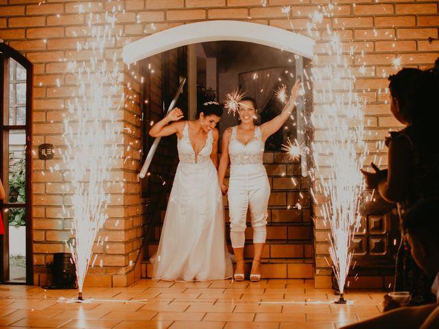 O casamento de Cristina e Cleide em Cotia, São Paulo 37