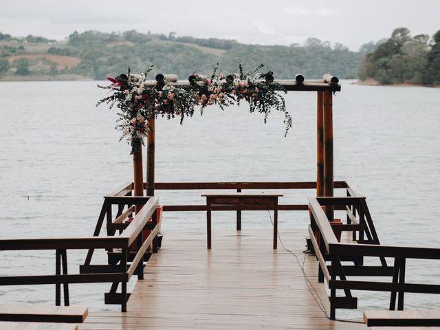 O casamento de John e Lucy em Curitiba, Paraná 4