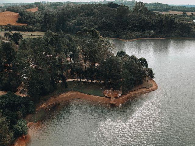 O casamento de John e Lucy em Curitiba, Paraná 9