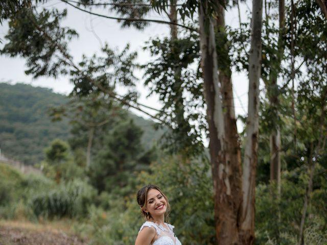 O casamento de William e Aline em Itapema, Santa Catarina 29