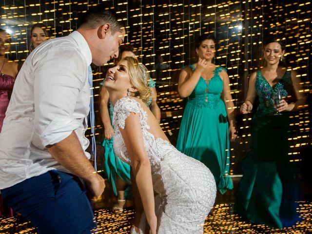 O casamento de Carlos Eduardo e Pollyanna em Itapema, Santa Catarina 30