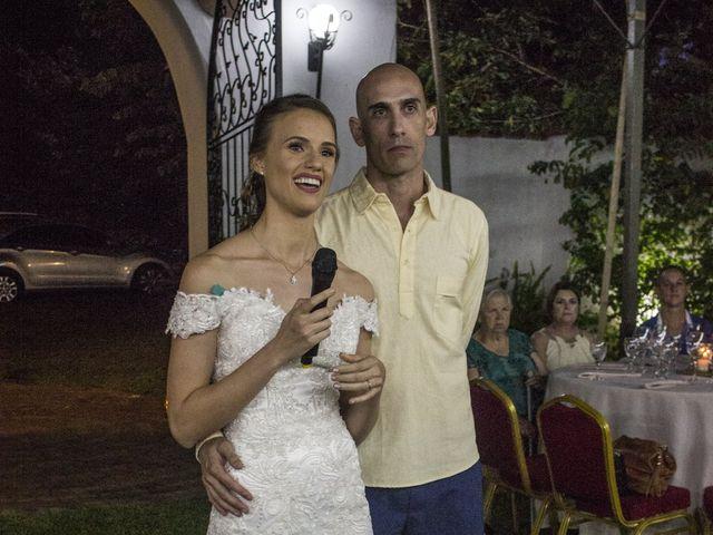 O casamento de Haroldo e Karin em Foz do Iguaçu, Paraná 15
