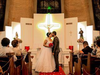 O casamento de Larissa Moreira Soares e Renato da Silva Gomes 3