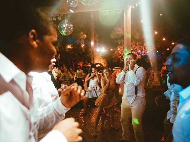 O casamento de Felix e Isabela em Monte Gordo, Bahia 81