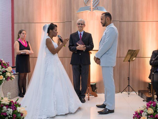 O casamento de Tainerson e Liliam em Salvador, Bahia 33
