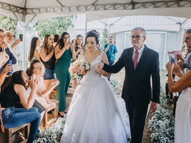 O casamento de Eduardo e Juliana em Cotia, São Paulo 95