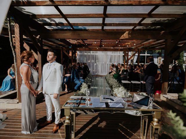 O casamento de Hermann e Ariane em Bombinhas, Santa Catarina 32