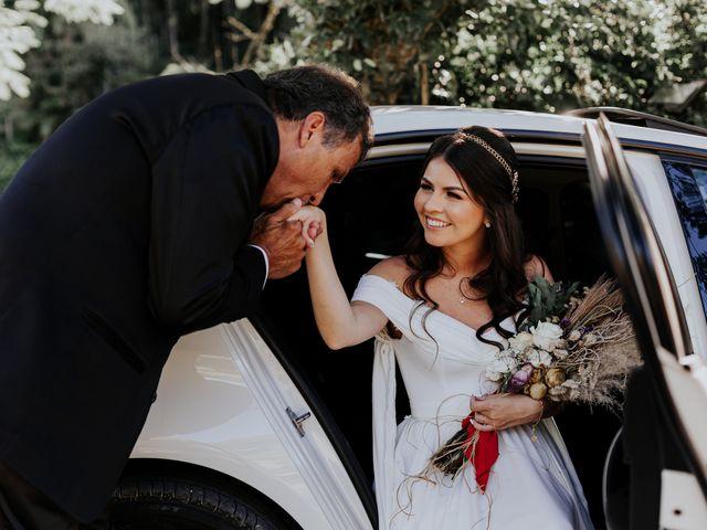 O casamento de Victor e Larissa em Gaspar, Santa Catarina 31