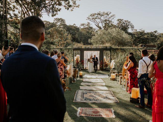 O casamento de Victor e Larissa em Gaspar, Santa Catarina 34