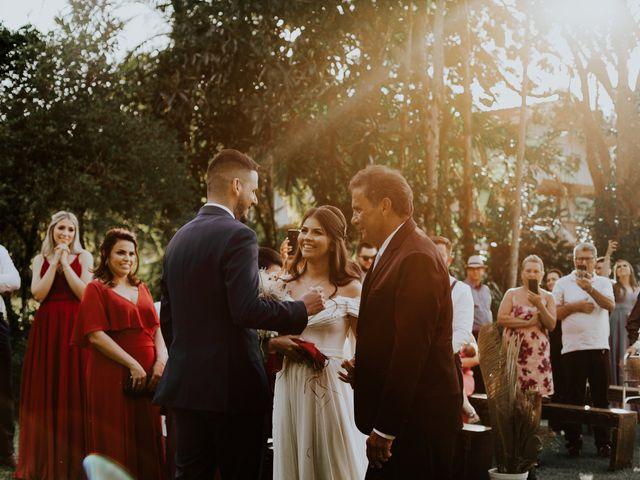 O casamento de Victor e Larissa em Gaspar, Santa Catarina 37