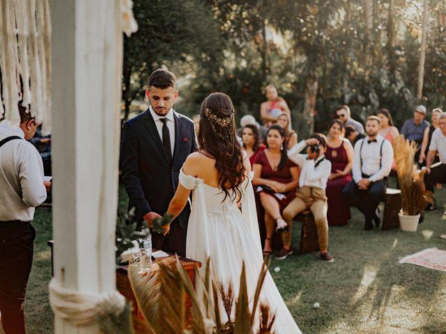 O casamento de Victor e Larissa em Gaspar, Santa Catarina 42