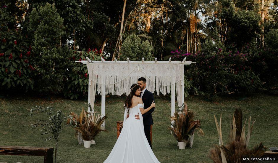 O casamento de Victor e Larissa em Gaspar, Santa Catarina