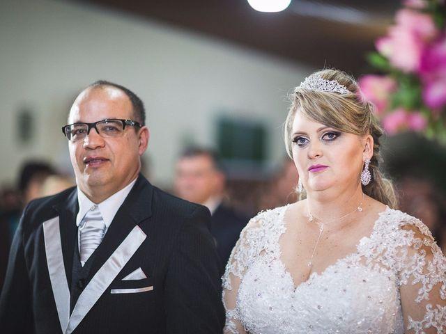 O casamento de Denis e Elisângela em Aurora, Santa Catarina 13