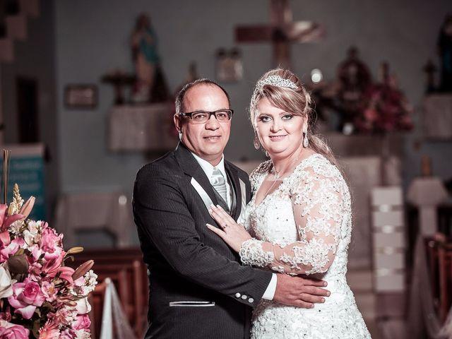 O casamento de Denis e Elisângela em Aurora, Santa Catarina 22