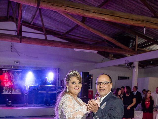 O casamento de Denis e Elisângela em Aurora, Santa Catarina 32