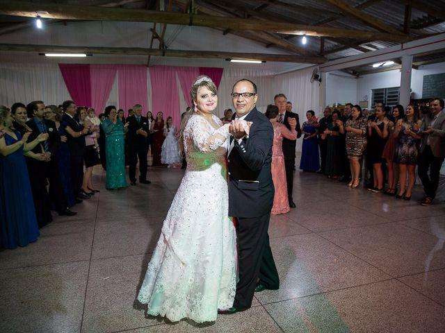 O casamento de Denis e Elisângela em Aurora, Santa Catarina 33