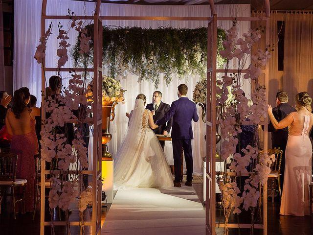 O casamento de Anderson e Simone em Dois Vizinhos, Paraná 1