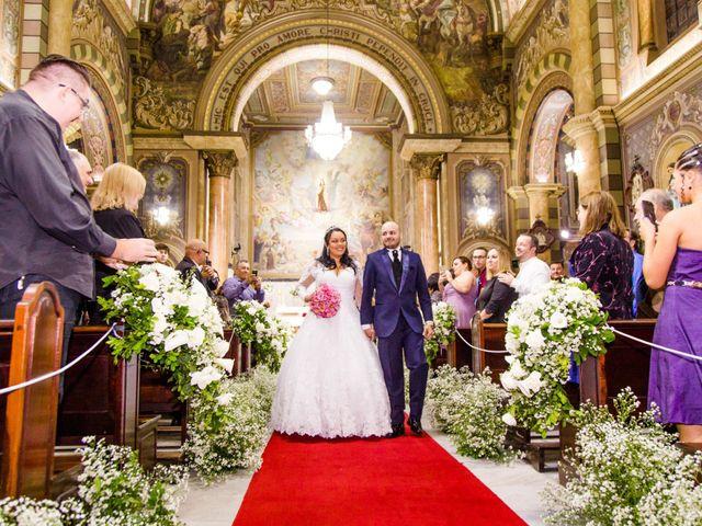 O casamento de Tiago e Francielle em Santo André, São Paulo 33