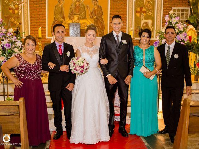 O casamento de Aline e Christian em Belo Horizonte, Minas Gerais 34