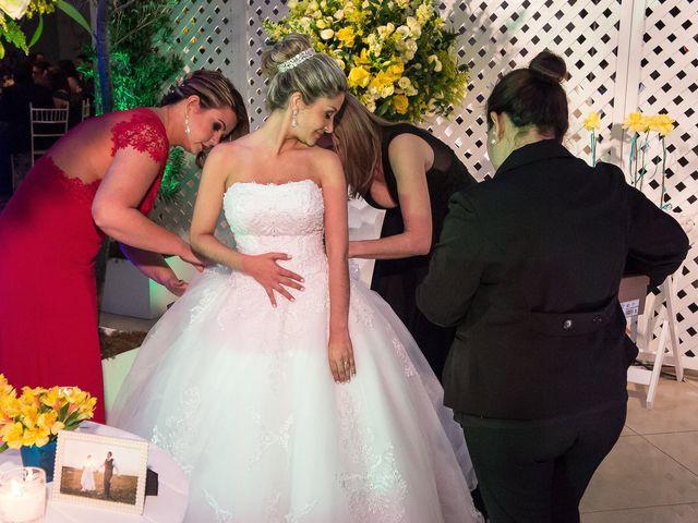 O casamento de Elisângela e Cesar em Novo Hamburgo, Rio Grande do Sul 62
