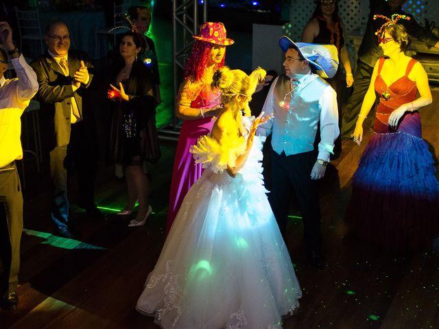 O casamento de Elisângela e Cesar em Novo Hamburgo, Rio Grande do Sul 108