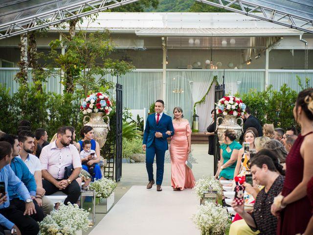 O casamento de Dieimy e Sara em Joinville, Santa Catarina 17