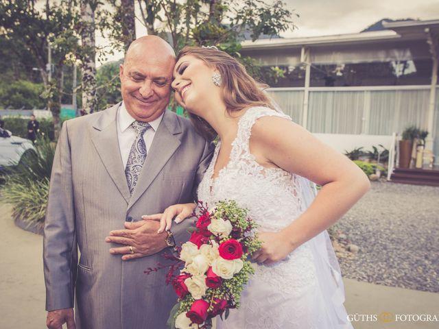 O casamento de Dieimy e Sara em Joinville, Santa Catarina 22
