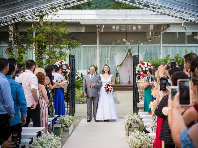 O casamento de Dieimy e Sara em Joinville, Santa Catarina 24