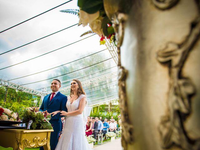 O casamento de Dieimy e Sara em Joinville, Santa Catarina 32