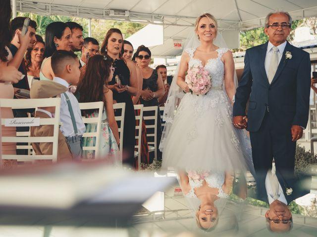 O casamento de Anderson e Crisiane em Florianópolis, Santa Catarina 33