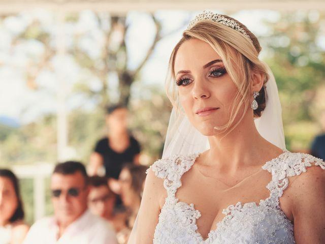 O casamento de Anderson e Crisiane em Florianópolis, Santa Catarina 43