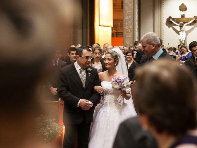O casamento de Elisangela e César em Novo Hamburgo, Rio Grande do Sul 29