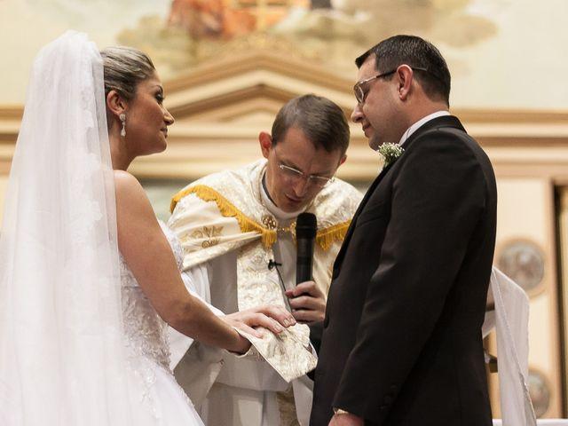 O casamento de Elisangela e César em Novo Hamburgo, Rio Grande do Sul 34