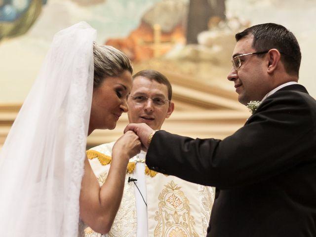 O casamento de Elisangela e César em Novo Hamburgo, Rio Grande do Sul 36