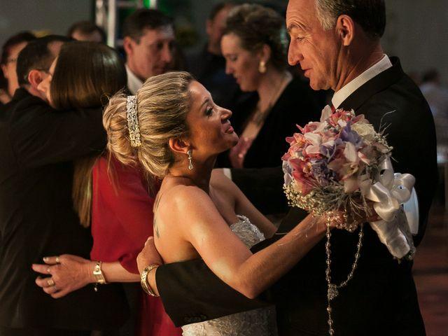 O casamento de Elisangela e César em Novo Hamburgo, Rio Grande do Sul 56