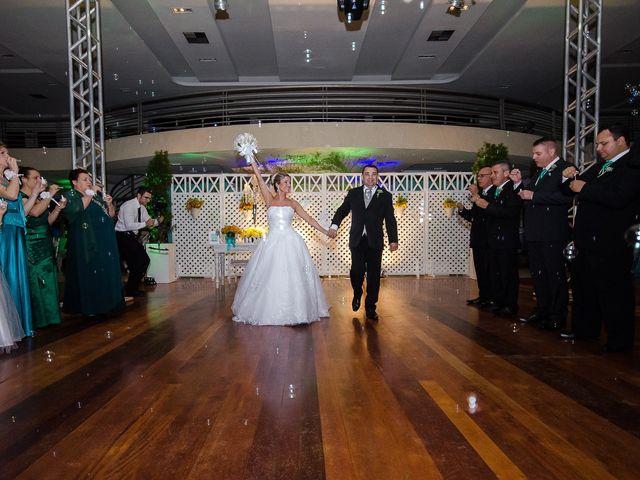 O casamento de Elisangela e César em Novo Hamburgo, Rio Grande do Sul 79