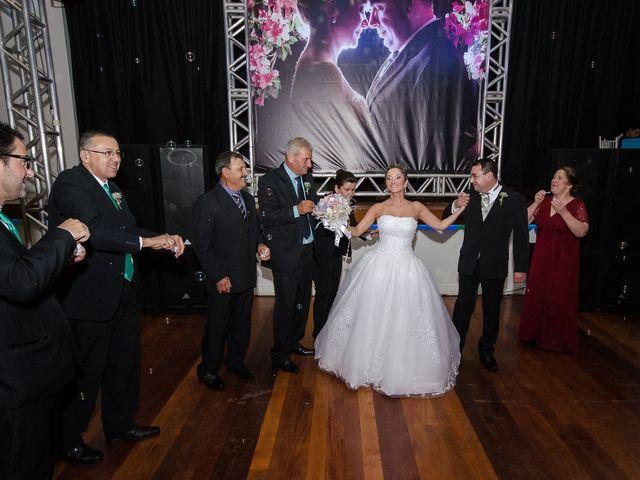 O casamento de Elisangela e César em Novo Hamburgo, Rio Grande do Sul 83